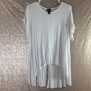 White Shirt With Back Slit